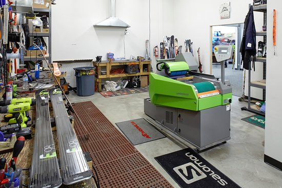 Christy Sports Ski and Snowboard: Ski and Snowboard Tuning Denver