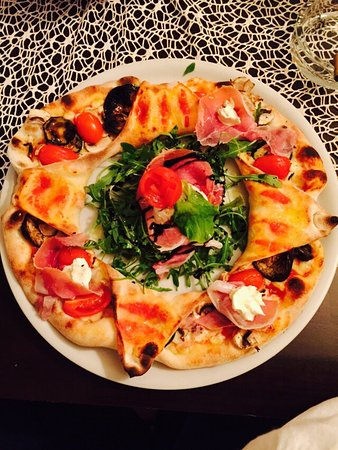 Aich, Österreich: Pizza Santino
