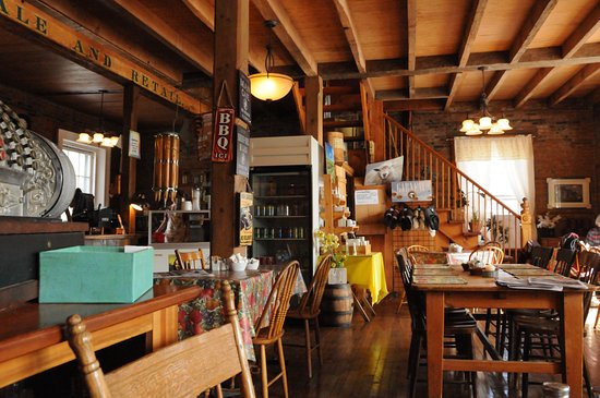 Frelighsburg, Canadá: Rustic & cozy
