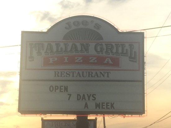 Liberty, TX: Joe's Italian Grill