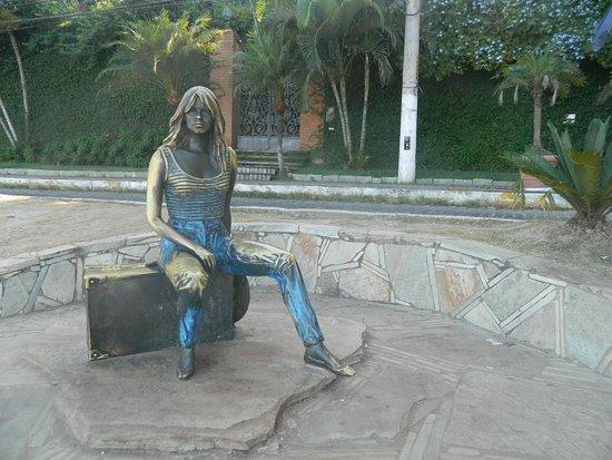 Buzios, RJ: ESTATUA DE BB