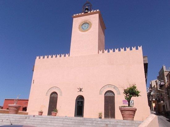 Siculiana, İtalya: Torre dell'orologio