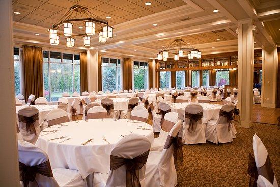 Penfield, Estado de Nueva York: Can hold up to 250 people for banquets