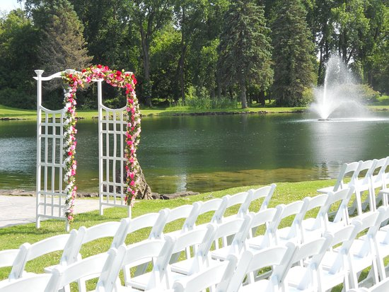 Penfield, Estado de Nueva York: On site ceremony options available as well