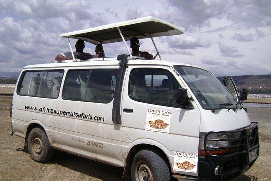 Super Cats Tours and Travel - Private Day Tours : Best Maasai mara and lake Nakuru tour trips