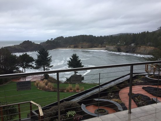 Depoe Bay, OR: Stunning view from every room!