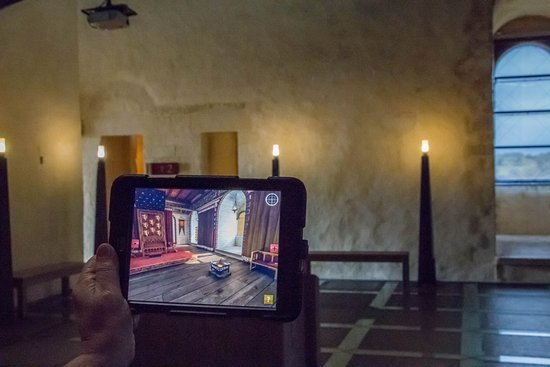 Falaise, Frankrike: La tablette donne un aperçu de la pièce autrefois