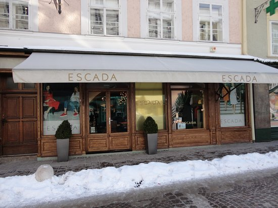 Escada Boutique