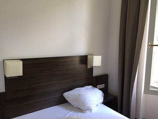 BEST WESTERN Hotel Kaiserhof: Das Bett ist in Ordnung.