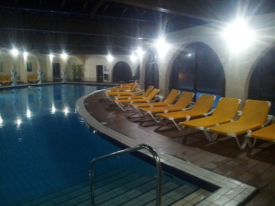 Indoor pool late at night picture of paradise bay resort hotel mellieha tripadvisor for Late night swimming pools london