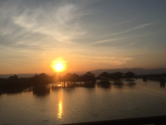 Shwe Inn Tha Floating Resort: photo1.jpg
