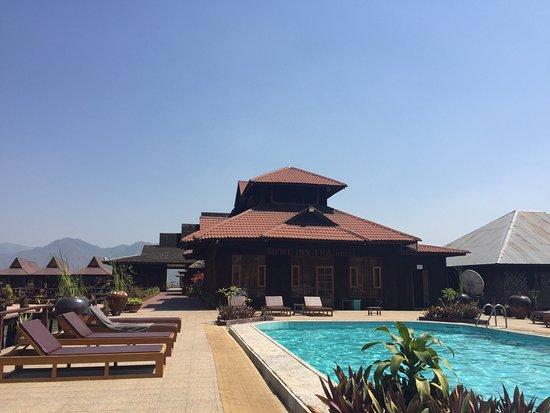 Shwe Inn Tha Floating Resort: photo2.jpg