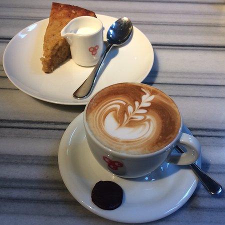 Kala Ghoda Cafe