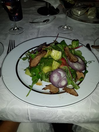 Restaurant Renomme: overcooked clump of beef salad? but perhaps the best of a bad lot