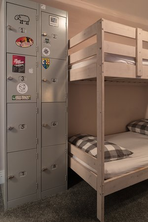 Tipperary House: Dorm Room Lockers