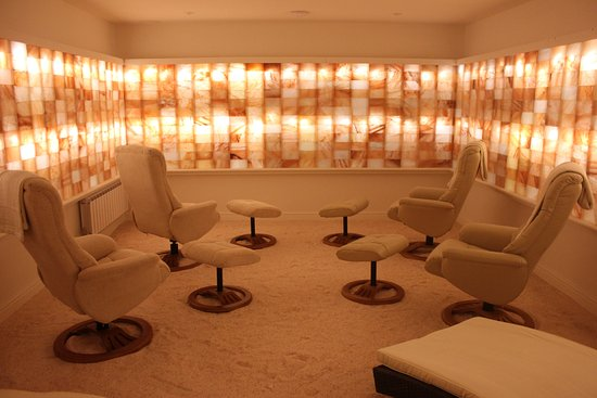 Main salt therapy room - Picture of Little Himalaya Salt Rooms ...