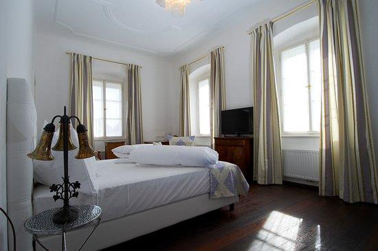 Zimmer 210
