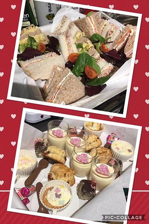 Lotties coffee & wine bar: Afternoon Tea's are very popular.  Please prebook as we need to bake especially for your booking