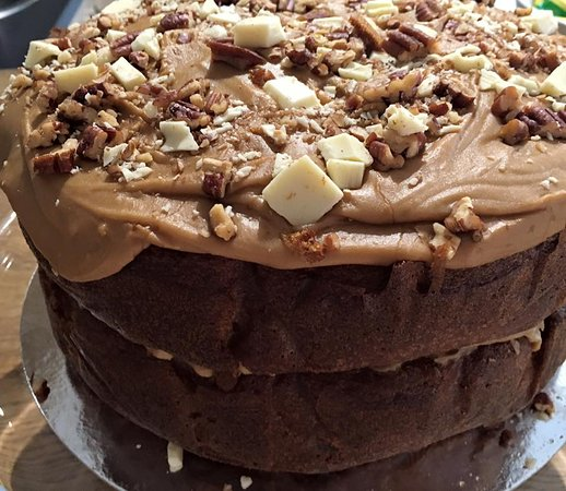 Lotties coffee & wine bar: One of our scrummy cakes
