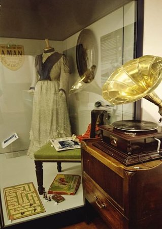 Ludlow Museum: Ludlow at war and peace