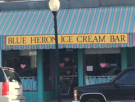 Kendallville, Индиана: Blue Heron Ice Cream Bar