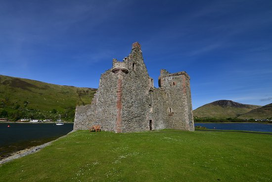 Lochranza Castle , beside the distillery