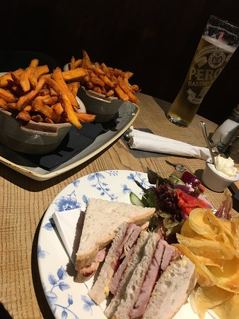 The Masons Arms: Beautiful food after an arduous walk!