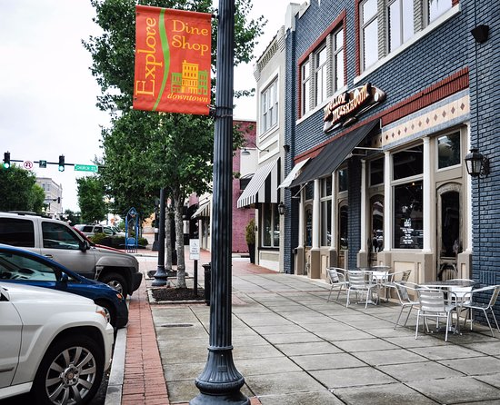 Beautiful Downtown Anderson Location