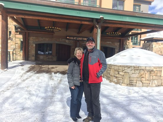 The Inn at Lost Creek: Great stay at Inn At Lost Creek. Superlative service and is truly ski in/ski out. Kudos to the s