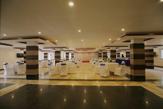 Hotel balaji international updated 2018 reviews price for International boutique hotels