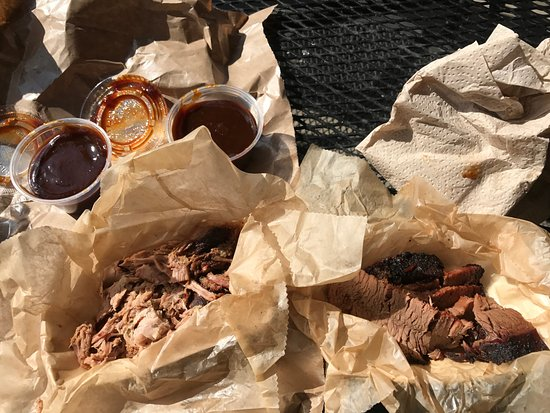 City Barbeque: Pulled Pok and Brisket BBQ