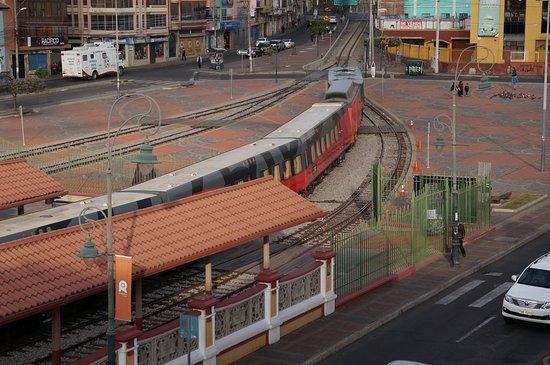 Hotel el Libertador: uitzicht op station van uit de kamer