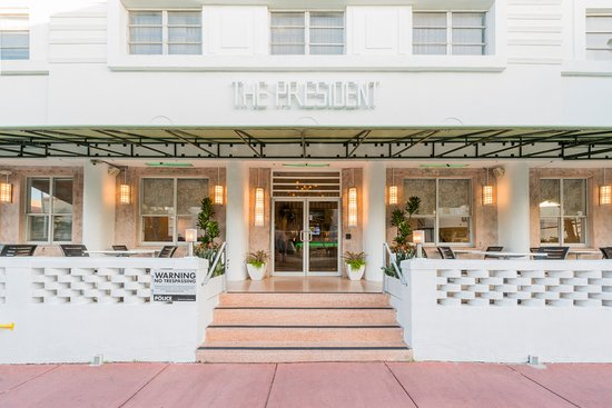 The President Hotel - Miami Beach: President Hotel Porch
