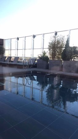 Pullman Montpellier Centre: piscine on the roof