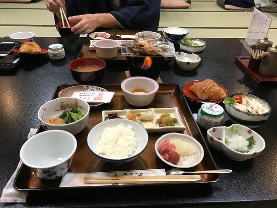 Oyado Yamakyu: breakfast