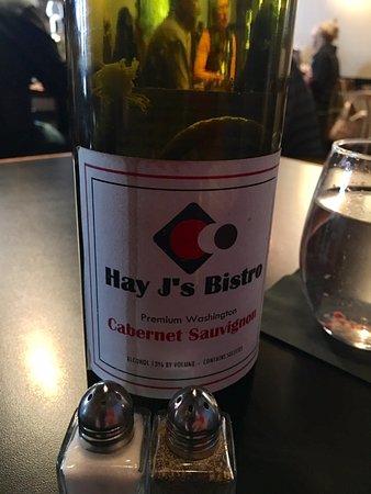 Liberty Lake, WA: Yummy wine!