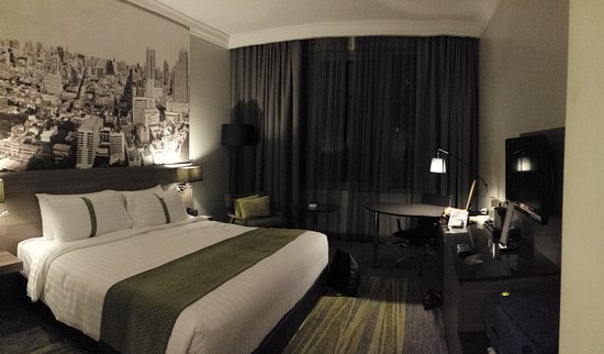 Фотография Holiday Inn Bangkok Silom