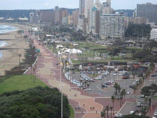 โรงแรมบลูวอเตอส์: View from the hotel