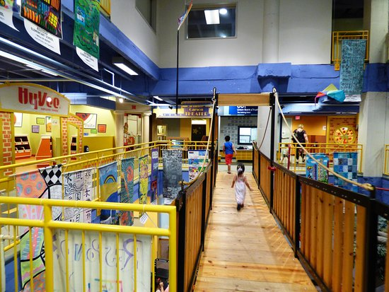 Lincoln Children's Museum: Swinging Bridge Inside the Museum