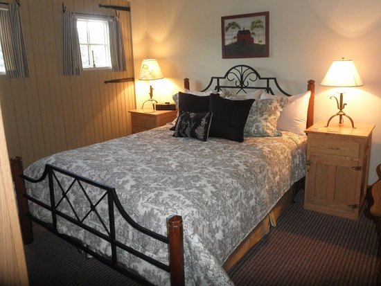 The Inn & Spa at Intercourse Village: 1st Floor Queen Country Homestead Suite
