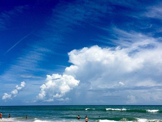 Paradise Beach & Park: photo1.jpg