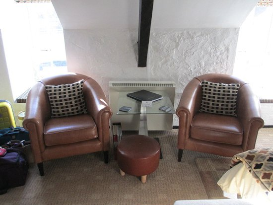 Yr Hen Felin - The Old Mill: Seating in the bedroom - comfy!