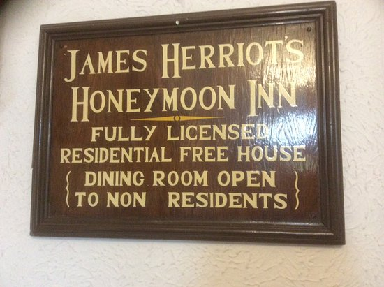 Carperby, UK: James Herriot (Alf Wight) spent his honeymoon here in 1941