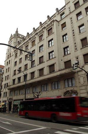 Cosmov Bilbao Hotel