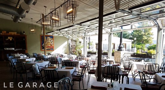 Mignon: Our newly remodeled, centrally heated/AC'd patio is perfect for every occasion, and ever season.