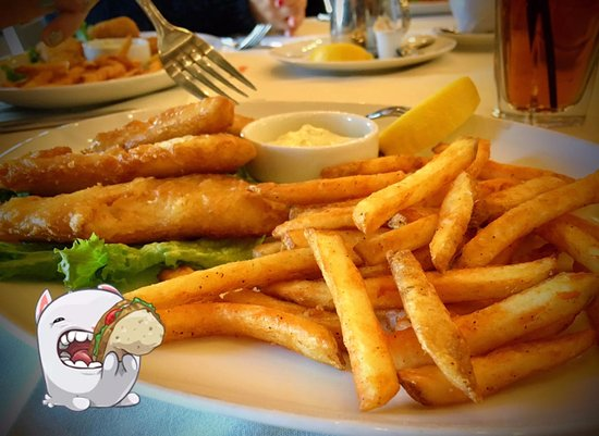 Poppy Ridge Golf Course: Fish & Chips with Iced Tea