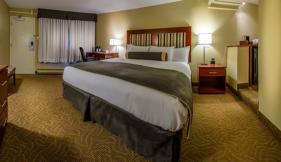 Coast Penticton Hotel: Comfort King Room