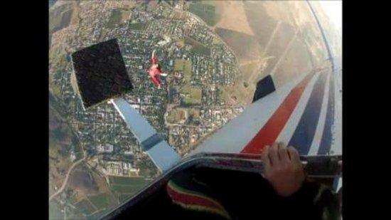 Skydive Robertson: Pierre skydive 8_large.jpg