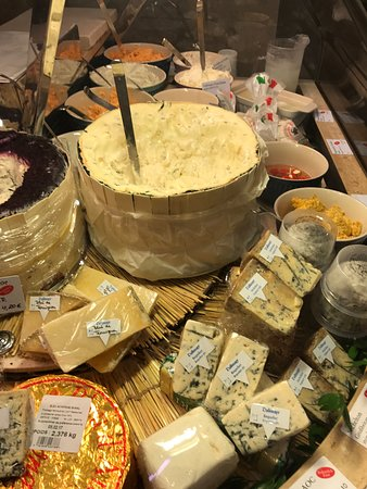 Restaurant Dallmayr : All famous cheeses