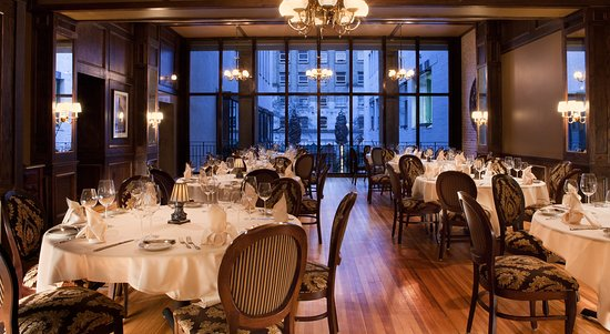 Bohanan S Prime Steak And Seafood Private Dining Room Overlooking Courtyard